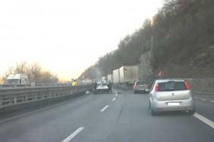 incid_autostrada_25_01_2012