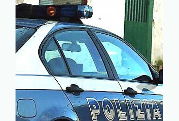 37 ENNE AGGREDISCE POLIZIOTTI DURANTE UN CONTROLLO  A SENIGALLIA
