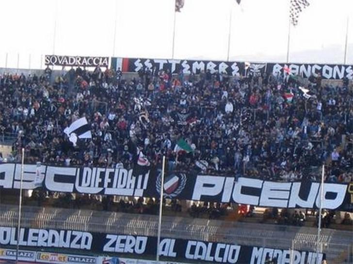 Tifosi dell'Ascoli Picchio