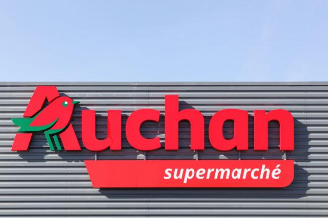 Auchan Tavoli Da Giardino.Dipendenti Ex Auchan Oggi Sit In Di Protesta Ad Osimo