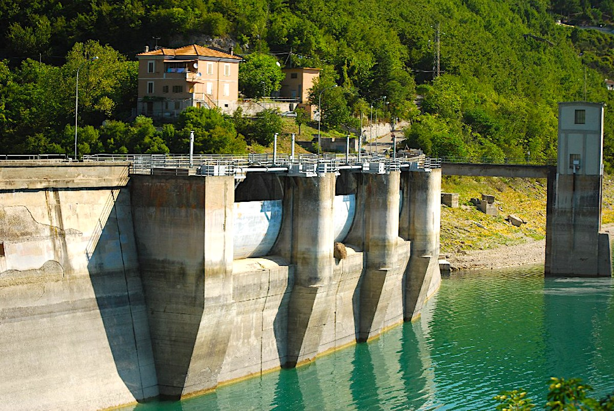 Enel acquisisce 19 impianti idroelettrici da Erg